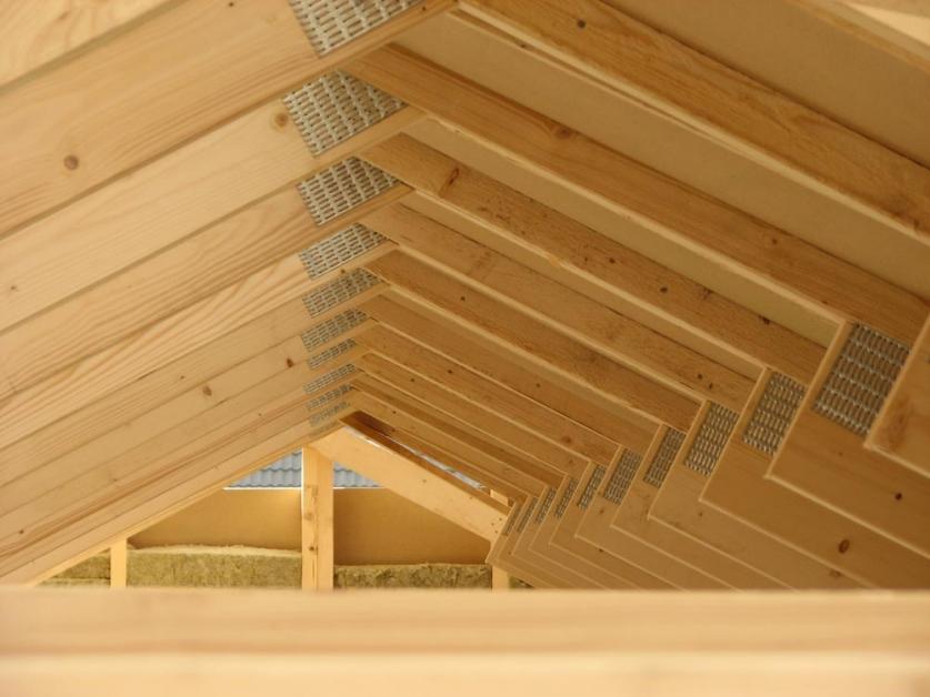 tetto casa legno