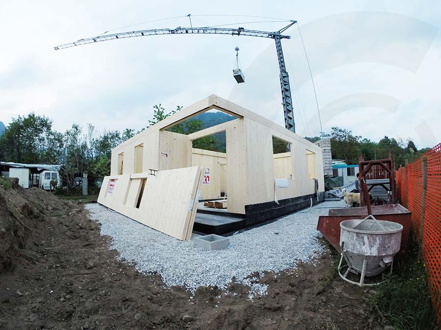 realizzazione casa di legno x lam