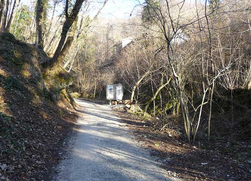 inizio percorso parco del castagno