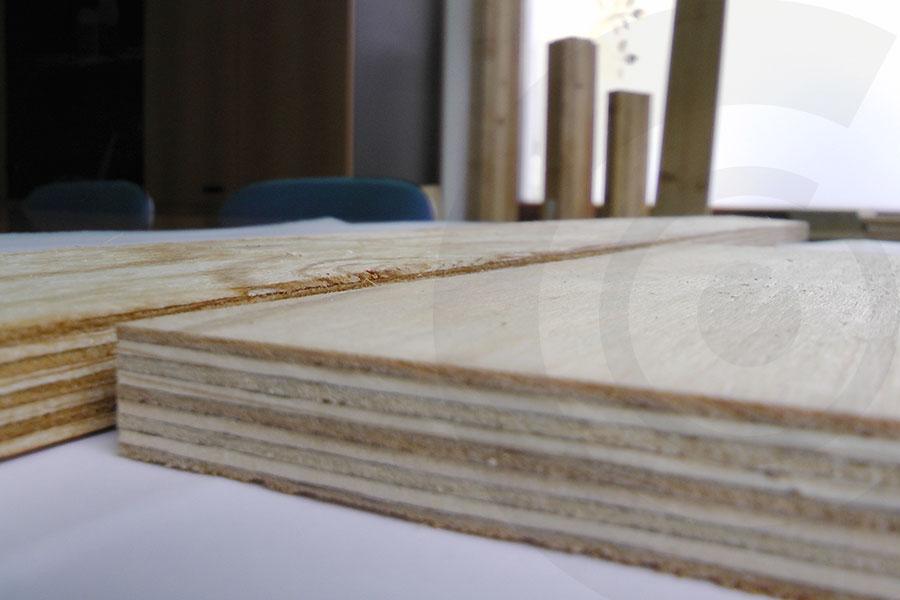 imbarcamento tavole pino russo