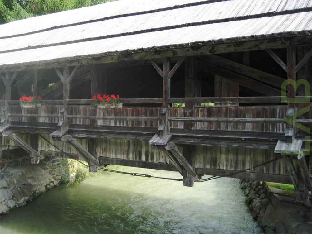 ponte di legno vecchio
