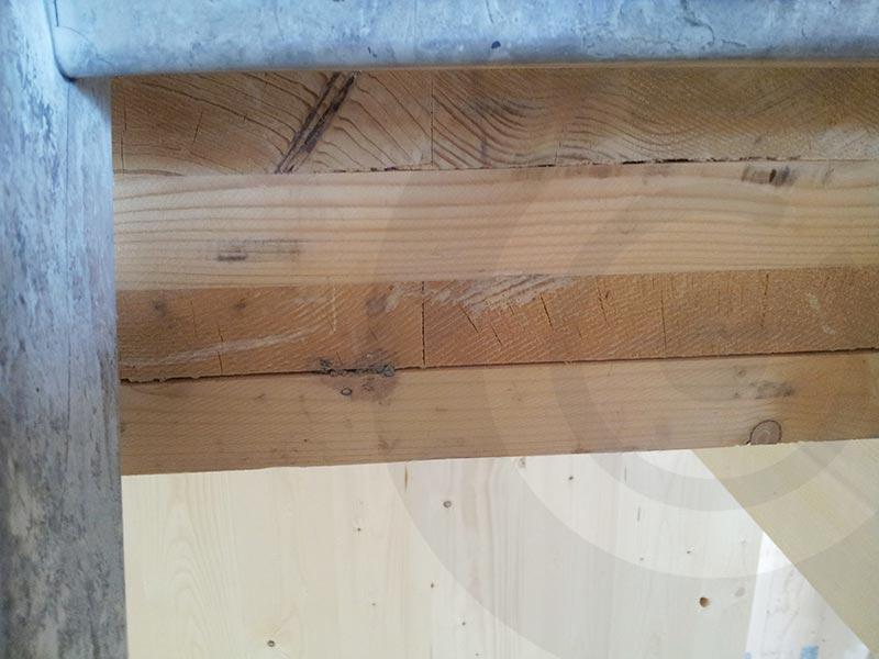 tavole di legno incollate male