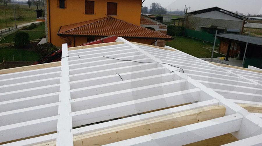 tetto casa di legno 964