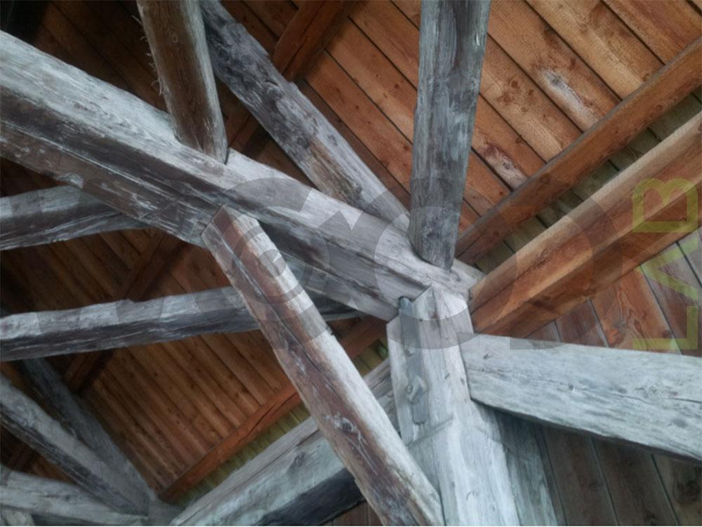 incastro travi ponte di legno