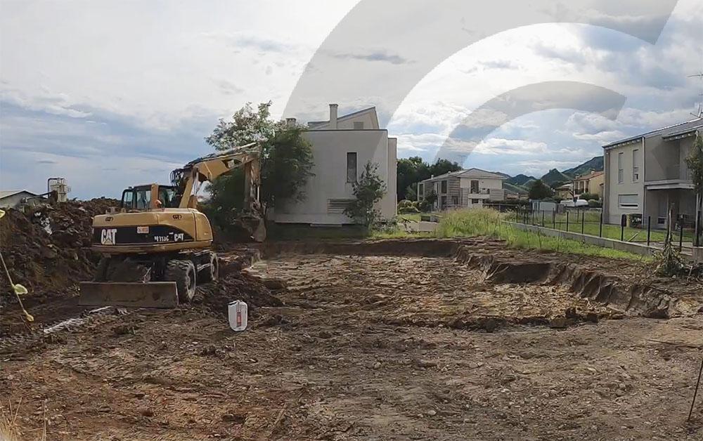 scavo del terreno